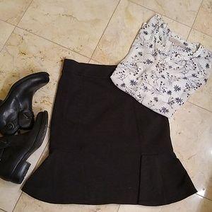 NWT-Flirty Grey Skirt
